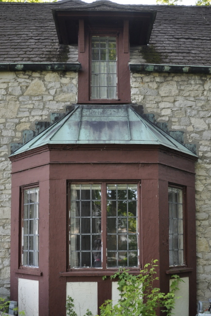 copper stone bay window