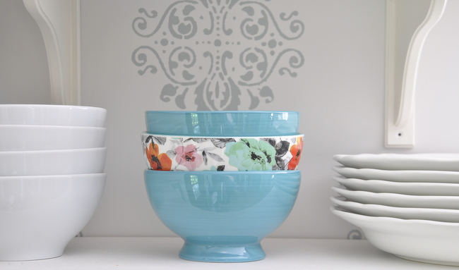 pretty blue and flower bowls