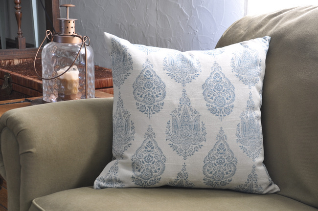 blue-pillow-and-lantern