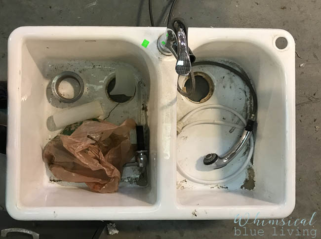 My white cast iron kitchen sink at the Habitat for Humanity ReStore. It was a little dirty, but I suspected it would be beautiful with a good cleaning!